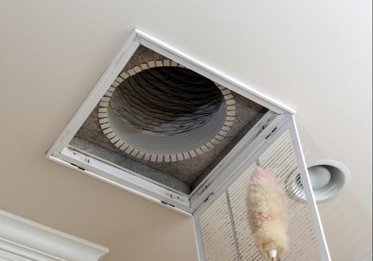 miami-heating-and-cooling-pros-vent-cleaningmiami1
